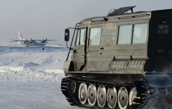 Минобороны испытывает новую военную технику в Арктике